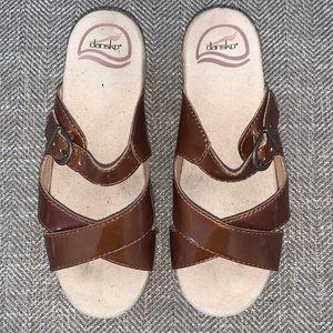 EUC Dansko Sandals Size 36.